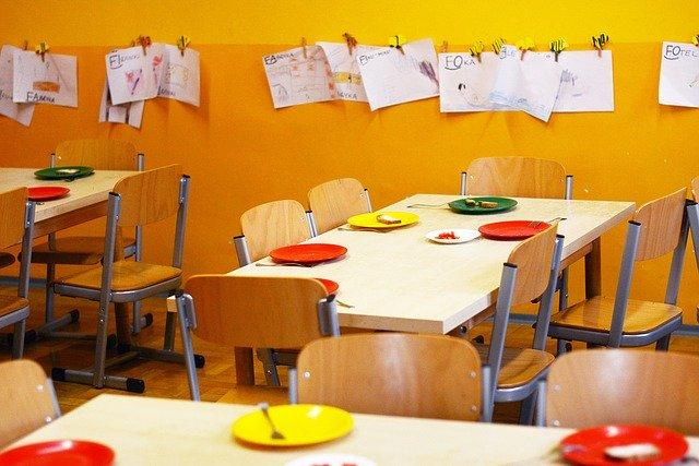 Comedor escolar en escuela infantil
