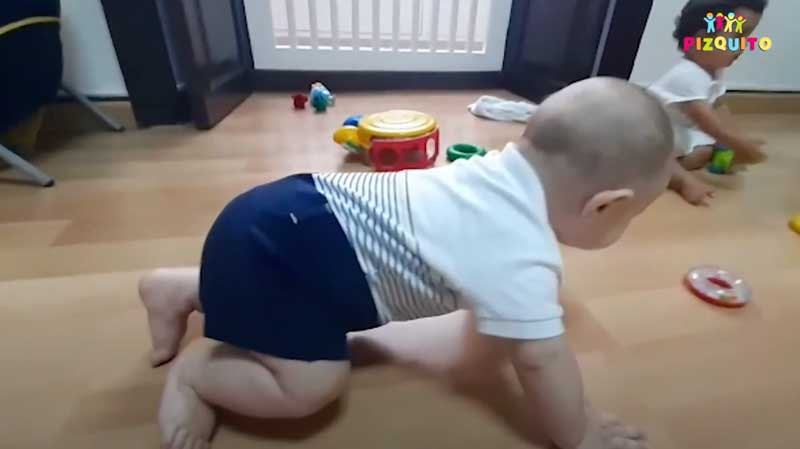bebé-aprendiendo-a-gatear.jpg
